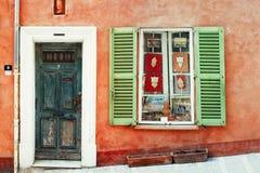 Фасад цвета в St Tropez, Франции Стоковые Фотографии RF