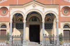 Фасад церков Eufemia Святого в милане стоковая фотография rf