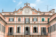 Фасад Palazzo Estense дворца Estense, Варезе, Италия Стоковые Фотографии RF