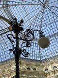 фасонируемый lamppost старый skylight Стоковые Фото