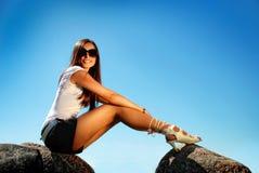 фасонируйте высокий камень ботинок модели холма стоковая фотография rf