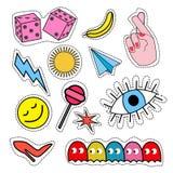 Фасонируйте значки заплаты с губами, сердцами, пузырями речи, звездами и другими элементами вектор Стоковые Фотографии RF