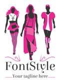 Фасонируйте логотип при сексуальная модель 3 идя на подиум Стоковая Фотография