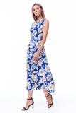 Фасонируйте очарованию сексуальную модельную красивую женщину милая сторона длинное blon Стоковое Фото