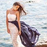 Фасонируйте портрет девушки на море Стоковые Фото