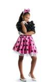 Фасонируйте портрет красивой темнокожей девушки на белой предпосылке Стоковое фото RF