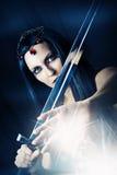 Фасонируйте портрет сексуальной женщины брюнет - ведьмы Стоковая Фотография RF