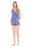 Фасонируйте фото молодой пышной женщины нося модные одежды лета Стоковое Фото