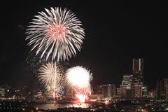 Фейерверки в фестивале порта Иокогама на Японии Стоковое Изображение RF