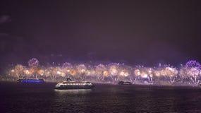 Фейерверки в Copacabana Стоковое фото RF