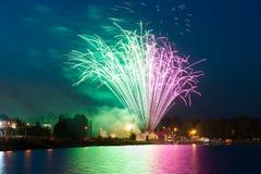 Фейерверки моды красочные на ноче Стоковое фото RF