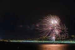 Фейерверки на торжествах 14-ое июля дня в славном Стоковые Изображения RF