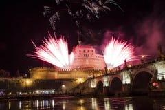 Фейерверки от Castel Sant Angelo, Рима, Италии Стоковая Фотография