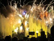 Фейерверки Парижа курорта Диснейленда Стоковое Изображение