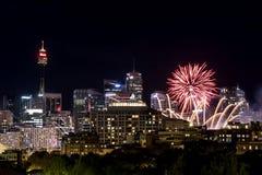 Фейерверки Scape города Сиднея Стоковые Фотографии RF
