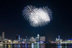 Фейерверк ` s национального праздника Сингапура Стоковые Фото