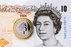 Ферзь Елизавета на банкнотах фунта Стоковое Фото