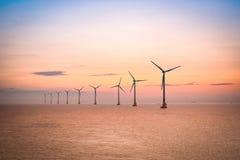 Ферма ветера с суши на сумраке стоковая фотография rf
