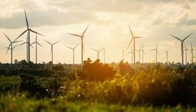 Ферма ветротурбины на горном склоне Стоковое Изображение