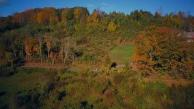Ферма Новой Англии сонная неубедительная в осени сток-видео
