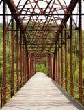 ферменная конструкция моста старая Стоковая Фотография