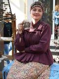 Фестиваль времен и девушка эпох 3 в костюме людей стоковые изображения