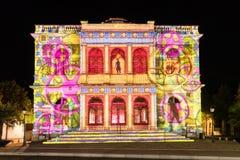 Фестиваль Шартр света фасада здания стоковое фото