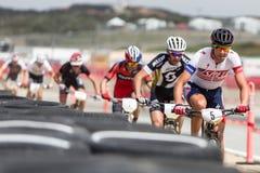 Фестиваль велосипеда морской выдры классический - короткий след - Pro люди Стоковое Фото