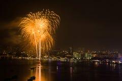 Фестиваль фейерверков Паттайя международный Стоковое Изображение