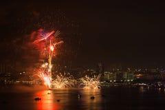 Фестиваль фейерверков Паттайя международный Стоковая Фотография RF