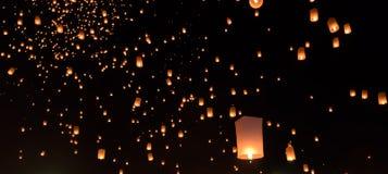 Фестиваль фонариков неба в Таиланде Стоковое Фото