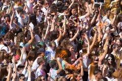 Фестиваль de los colores Holi в Барселоне Стоковые Фото