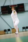Фехтовальщик молодой женщины Стоковая Фотография