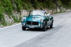 ФИАТ 1100/103 ТВ TRASFORMABILE 1955 на старом гоночном автомобиле в ралли Mille Miglia 2017 Стоковая Фотография