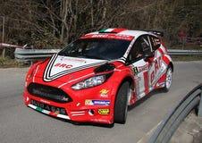 Фиеста Форда гоночного автомобиля на переднем плане Стоковая Фотография RF