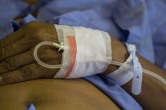 Физиологический раствор, терпеливая обработка, болезнь, медицинская служба, Sali Стоковые Фотографии RF