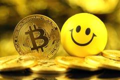 Физическая версия Bitcoin, новых виртуальных денег Стоковая Фотография RF