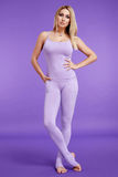 Физические данные красивой сексуальной белокурой молодой женщины sporty Стоковая Фотография