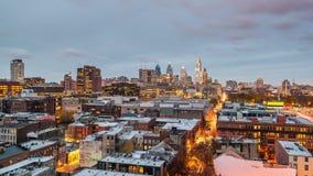 Филадельфия, Пенсильвания, горизонт города центра США сток-видео