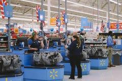 Филадельфия, Пенсильвания 23-ье ноября 2017: Черные покупки пятницы в магазине Стоковые Фото