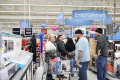 Филадельфия, Пенсильвания 23-ье ноября 2017: Черные покупки пятницы в магазине Стоковые Фотографии RF
