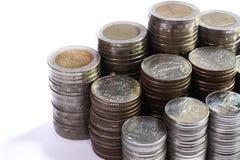 Финансовая концепция, группа в составе стога монетки, бат Таиланда Стоковое фото RF