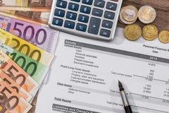 Финансовое вычисление на год, евро Стоковая Фотография RF