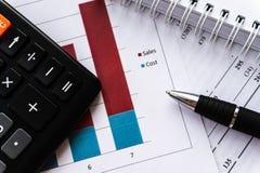 Финансовое планированиe бизнеса, балансирует портфель ценных бумаг стоковая фотография rf