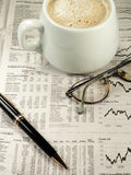финансовохозяйственный раздел газеты Стоковые Фотографии RF