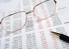 финансовохозяйственный рапорт стоковые фотографии rf