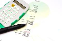 Финансовые бумажные диаграммы и диаграммы Стоковая Фотография
