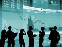 Финансовый кризис Silhouettes бизнесмены работая концепция Стоковая Фотография RF