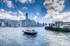 Финансовый район Гонконга центральный на гавани Виктории Стоковые Фотографии RF