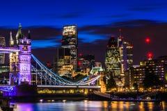 Финансовый район Лондона на ноче Стоковое Изображение RF